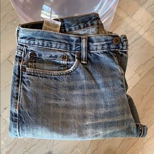 Distressed 514 Levi's Jeans size 33x34